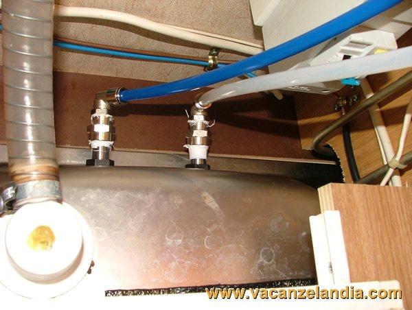 Tubi per acqua calda termosifoni in ghisa scheda tecnica for Tubi di acqua calda sanitaria