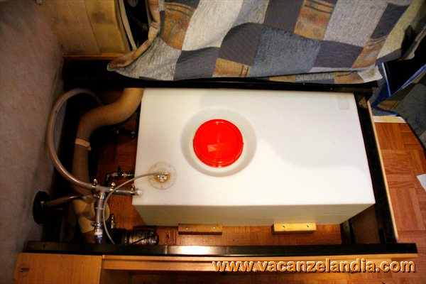 Vacanzelandia for Materiale del tubo della linea d acqua