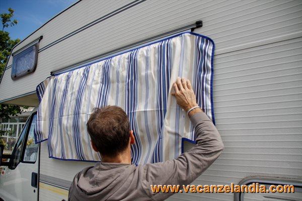Vetrina di prodotti tendine parasole finestre parafrigo per proteggere dal sole le finestre - Finestre per camper ...