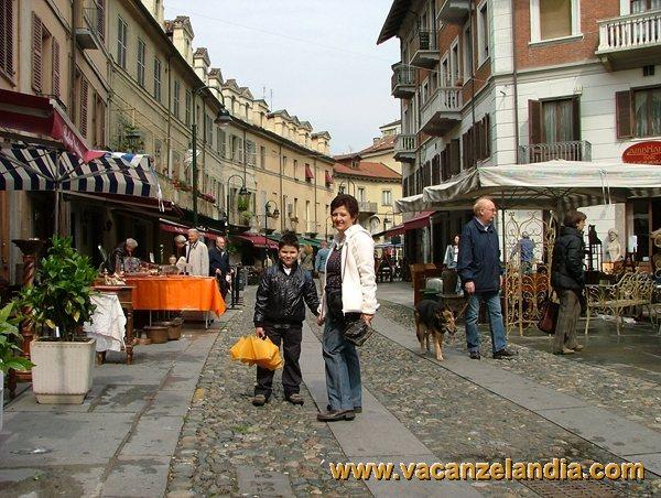 Itinerari diari di viaggio piemonte torino contenuti for Borgo dora torino