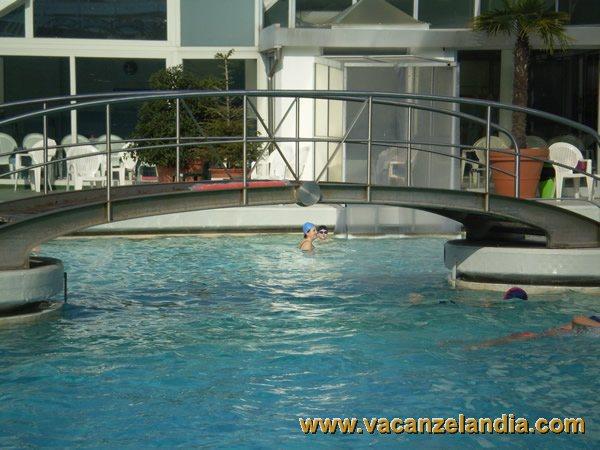 Itinerari diari di viaggio veneto abano terme 2o tappa for Abano terme piscine